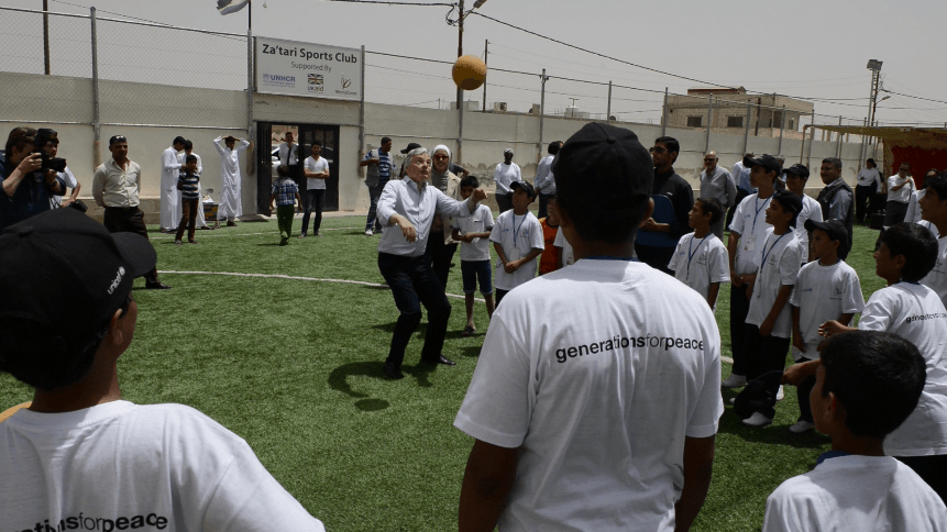 Belgium Minister visits, plays football with Syrian and Jordanian youth in Za'atari village community centre