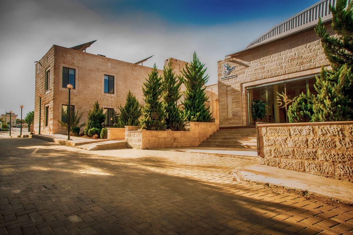 parking-space-generations-for-peace-jordan-amman-facilities-headquarters-rent-hire