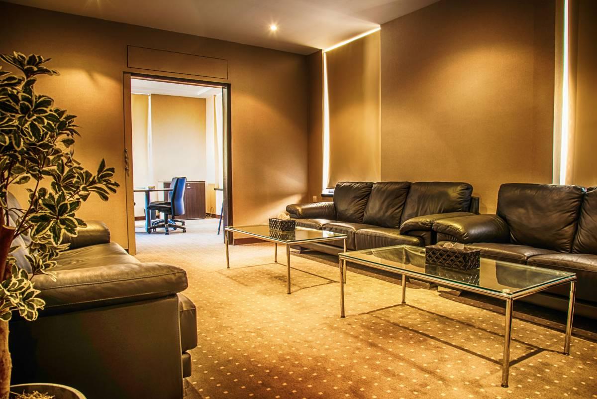 vip-room-conference-room-center-hall-generations-for-peace-jordan-amman-facilities-headquarters-rent-hire
