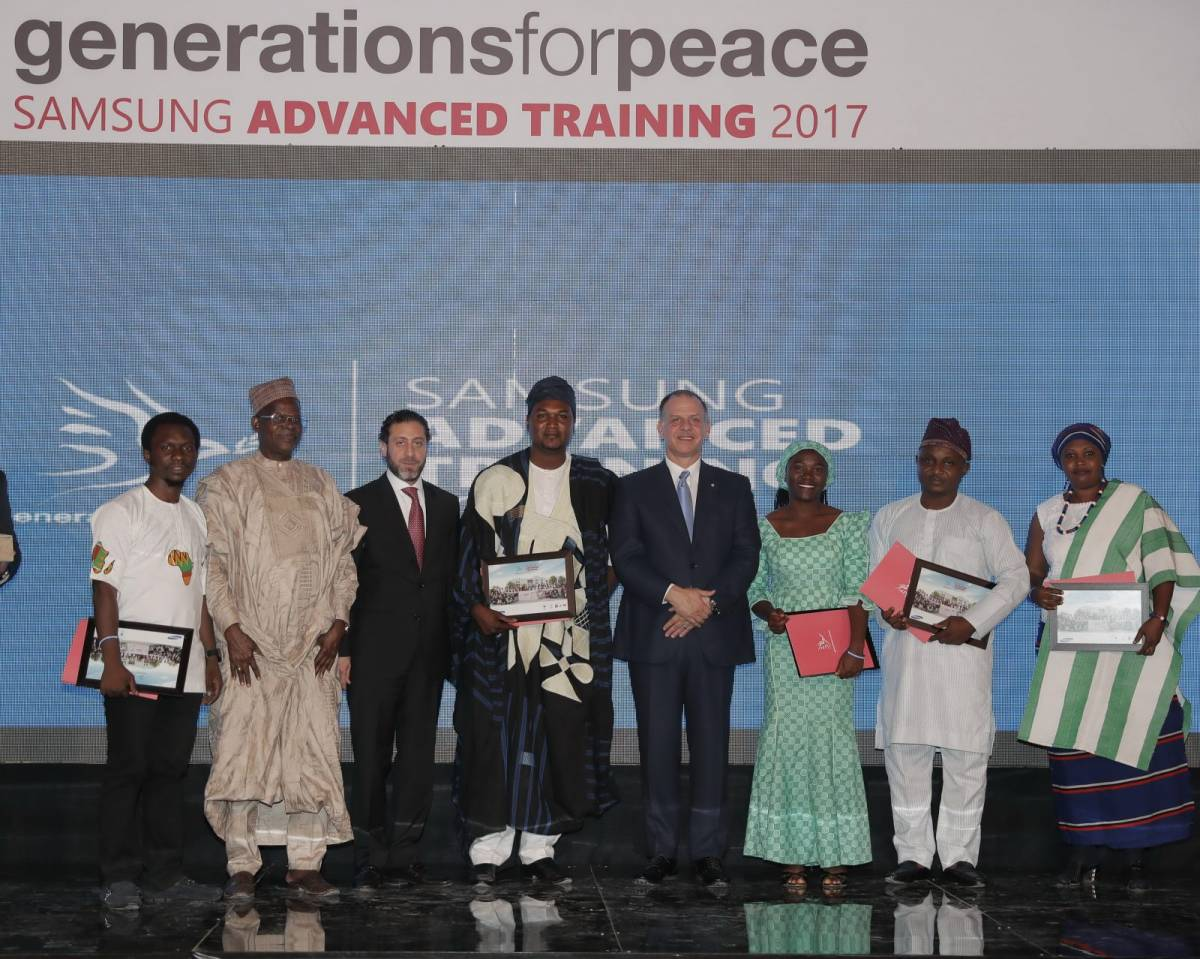 HRH Prince Feisal Al Hussein presents Samsung Generations For Peace Awards for Innovation, Quality, Impact and Sustainability