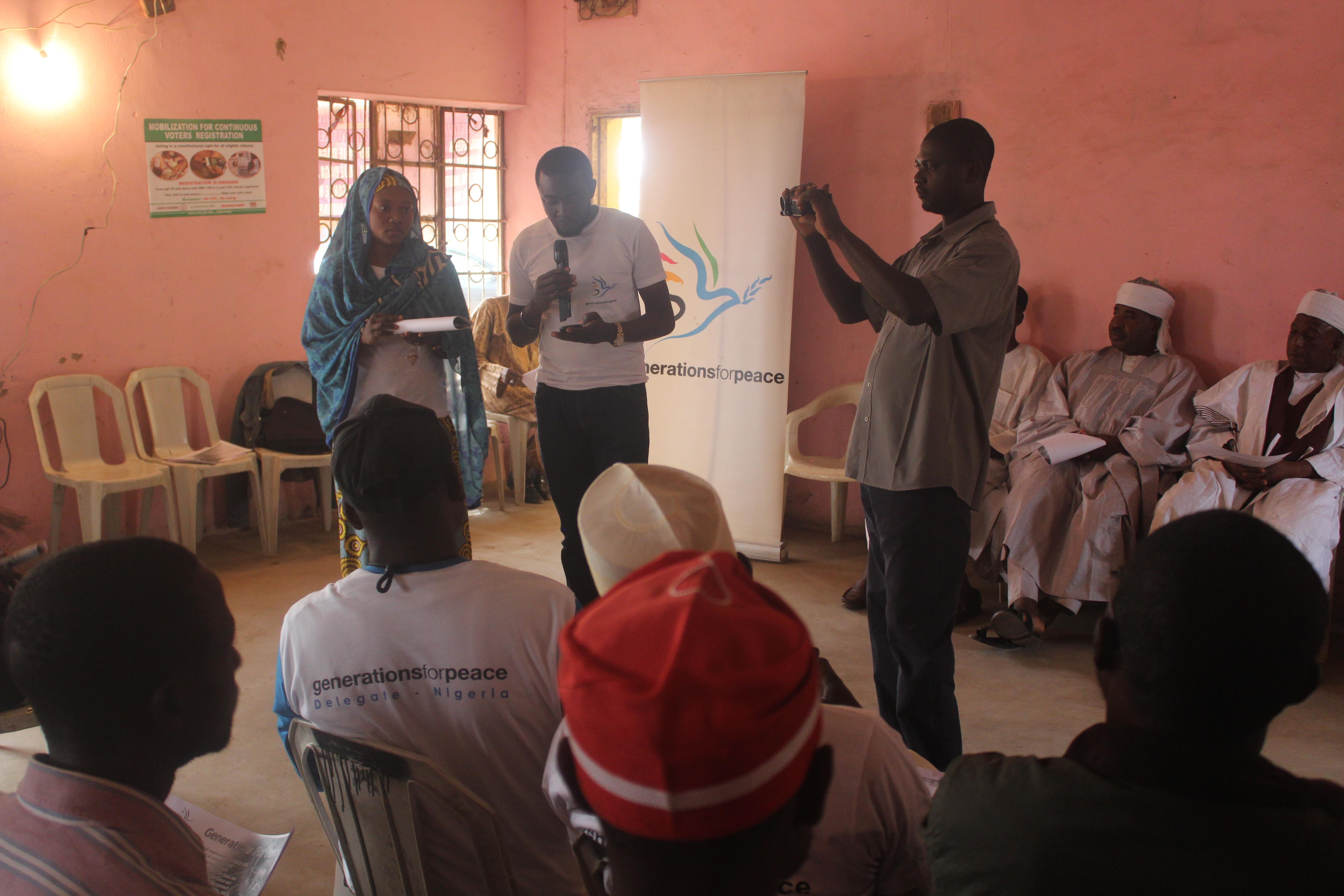 Umah facilitating during an intra-group initiative